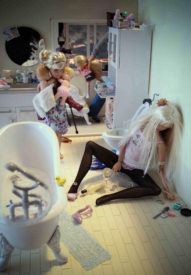 la-banane-qui-parle-Barbie-Mariel-Clayton-11