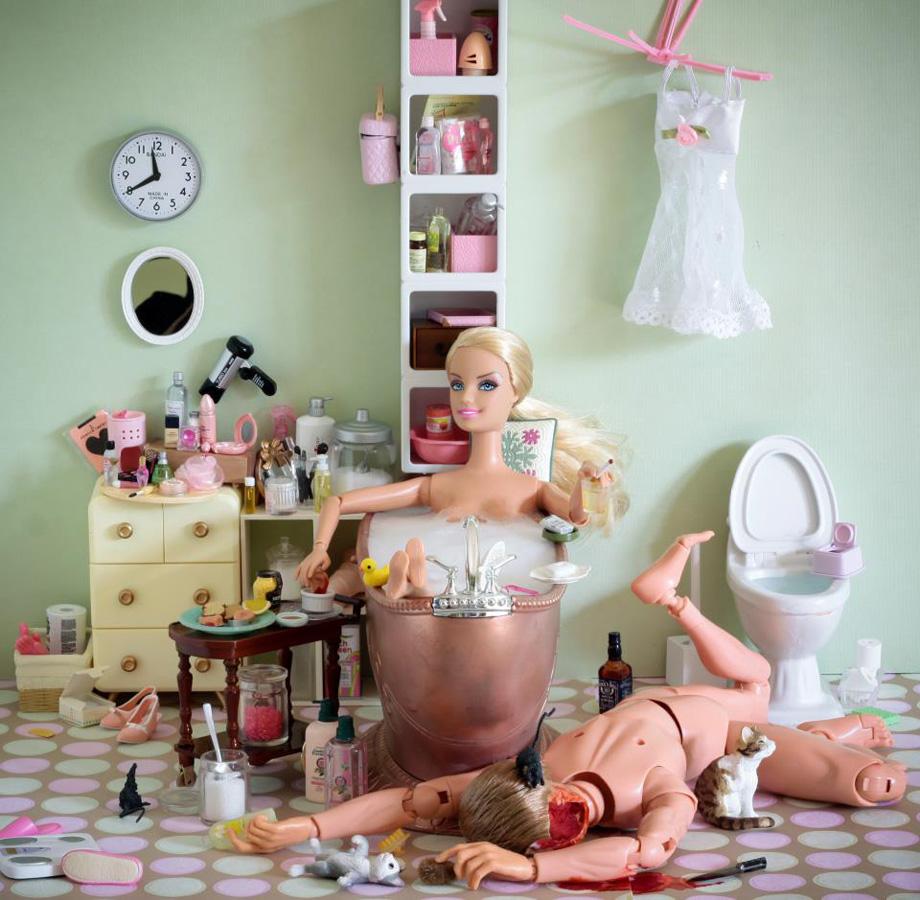 la-banane-qui-parle-Barbie-Mariel-Clayton-25