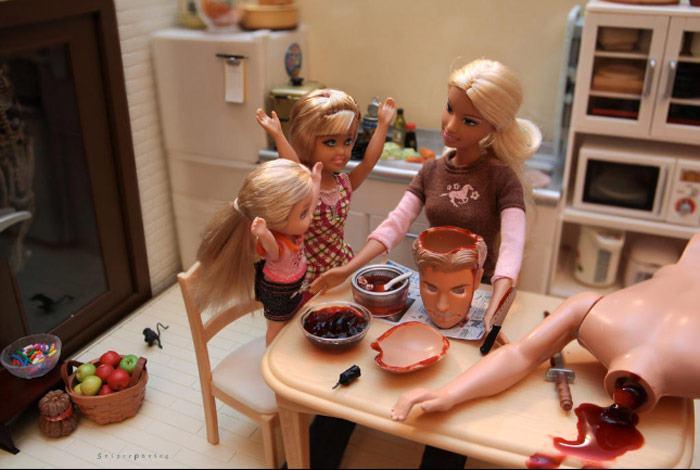 la-banane-qui-parle-Barbie-Mariel-Clayton-35