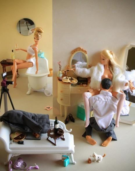 la-banane-qui-parle-Barbie-Mariel-Clayton-41