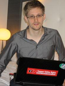 la-banane-qui-parle-Snowden2