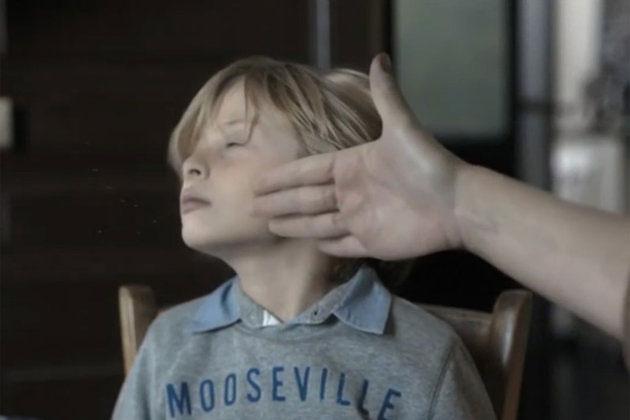 une-campagne-choc-vous-montre-limpact-traumatisant-dune-gifle-sur-votre-enfant3