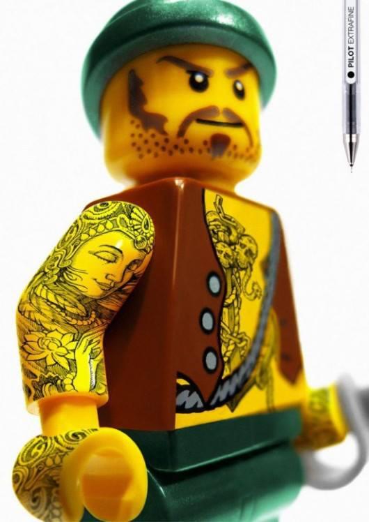 la-banane-qui-parle-lego-pilot-1