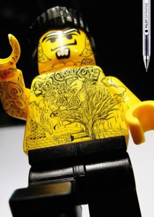la-banane-qui-parle-lego-pilot-2