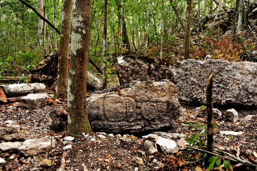 labananequiparle-archeologues-cite-maya-perdue-mexique-6