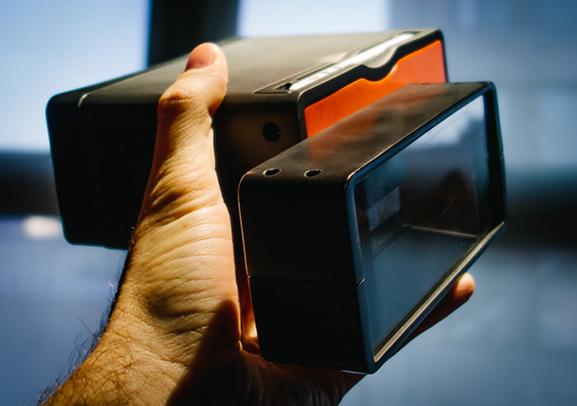 labananequiparle-Poppy-3D-iPhone-5