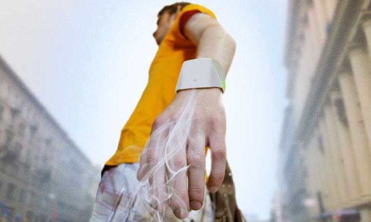 labananequiparle--bracelet-filtre-air-pollue-une