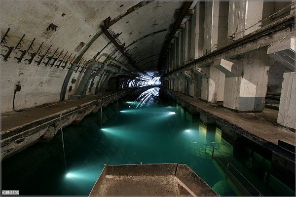 labananequiparle-Base-sous-marine-Balaklava