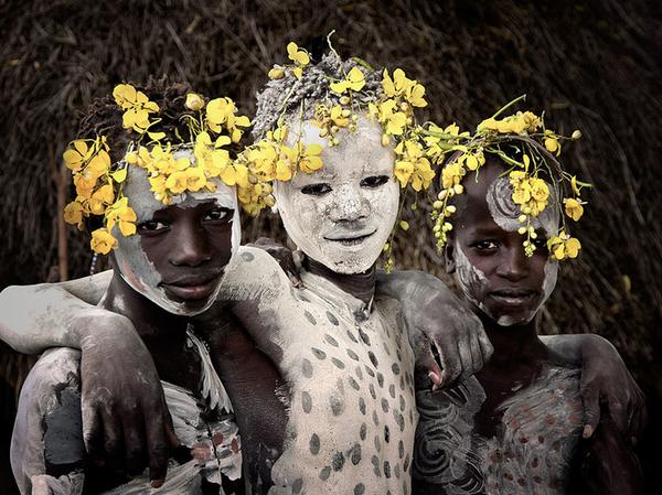 labananequiparle-.Karo (Éthiopie)png