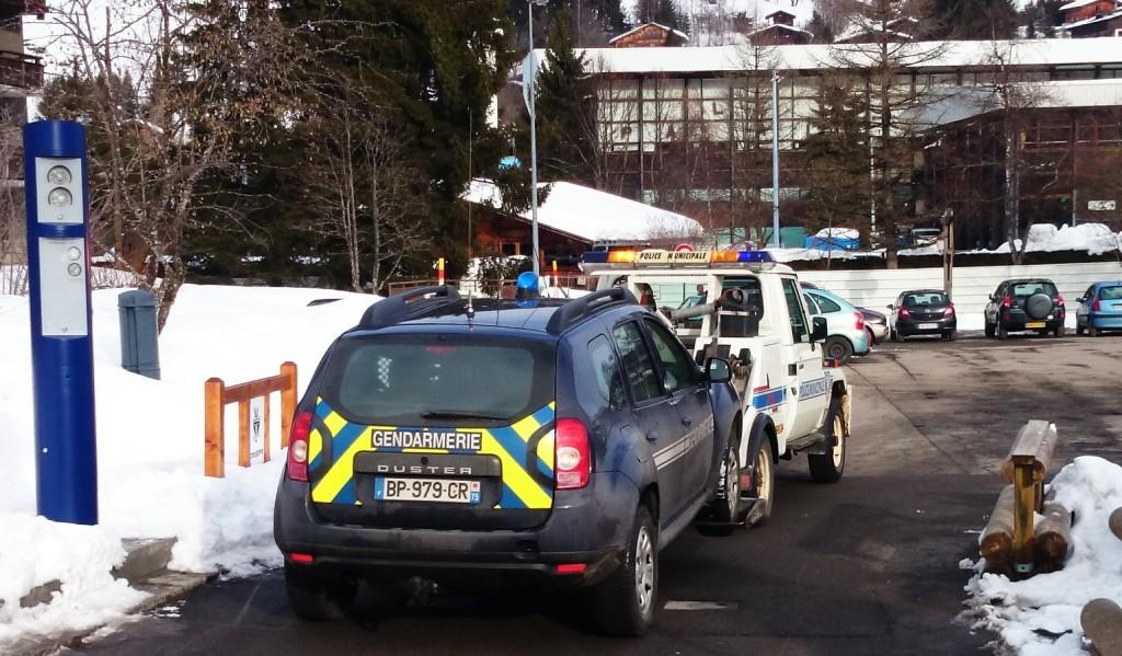 Megeve-Police-1-Gendarmerie-0-1024x599