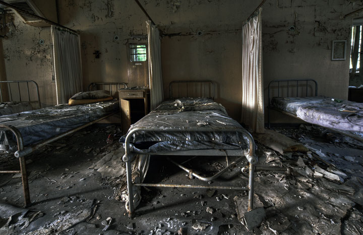 labananequiparle-asiles-abandonnes-Croydon-7