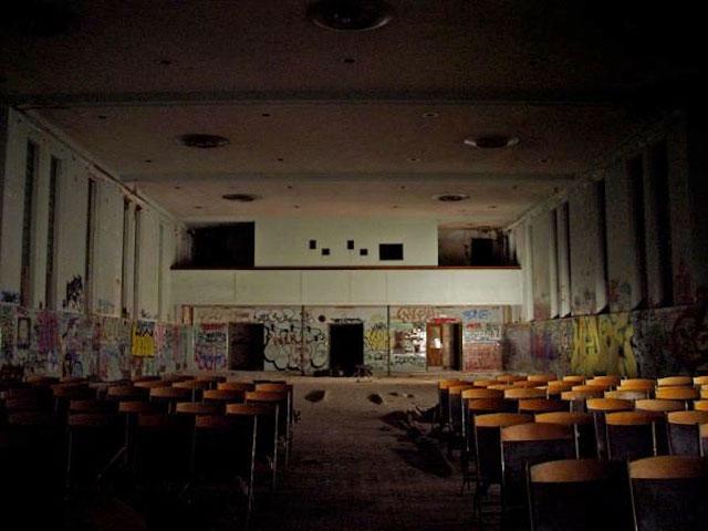 labananequiparle-asiles-abandonnes-Danvers-5