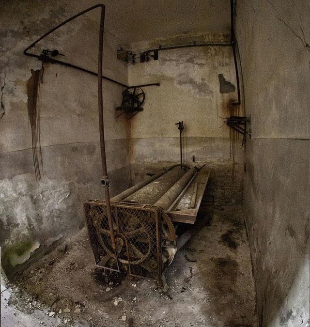 labananequiparle-asiles-abandonnes-poveglia-1