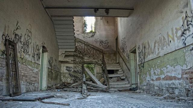 labananequiparle-asiles-abandonnes-poveglia-3