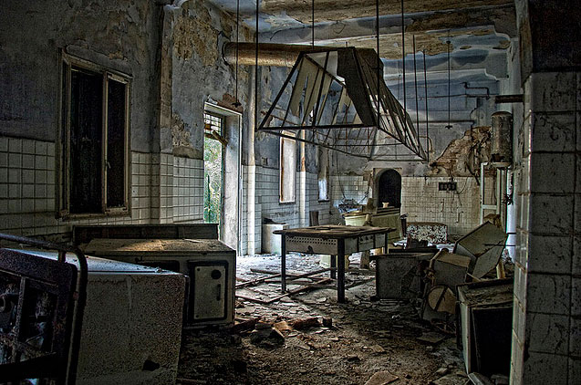 labananequiparle-asiles-abandonnes-poveglia-8
