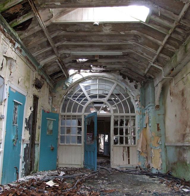 labananequiparle-asiles-abandonnes-preston-3