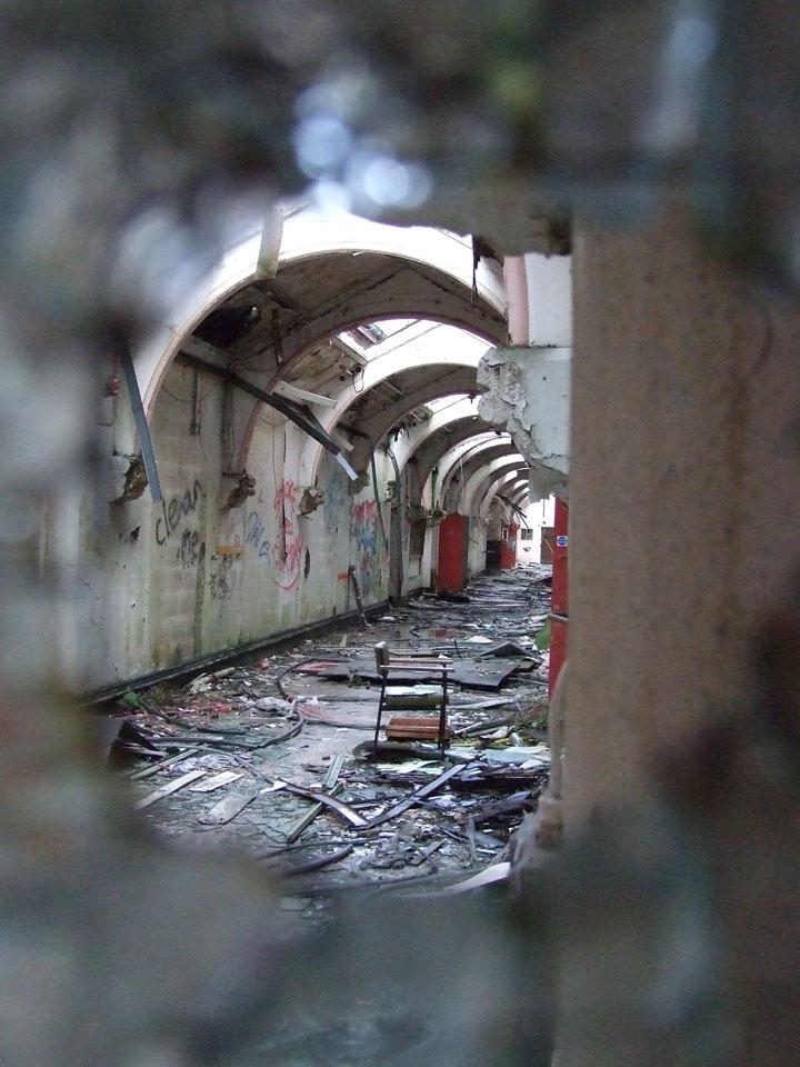 labananequiparle-asiles-abandonnes-preston-7
