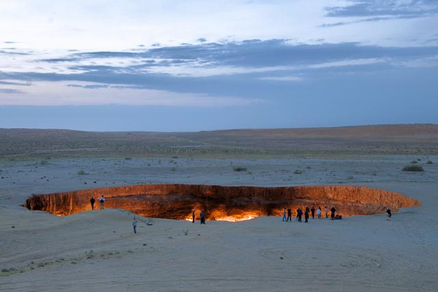 Labananequiparle-porte des enfers-Derweze- Turkmenistan2