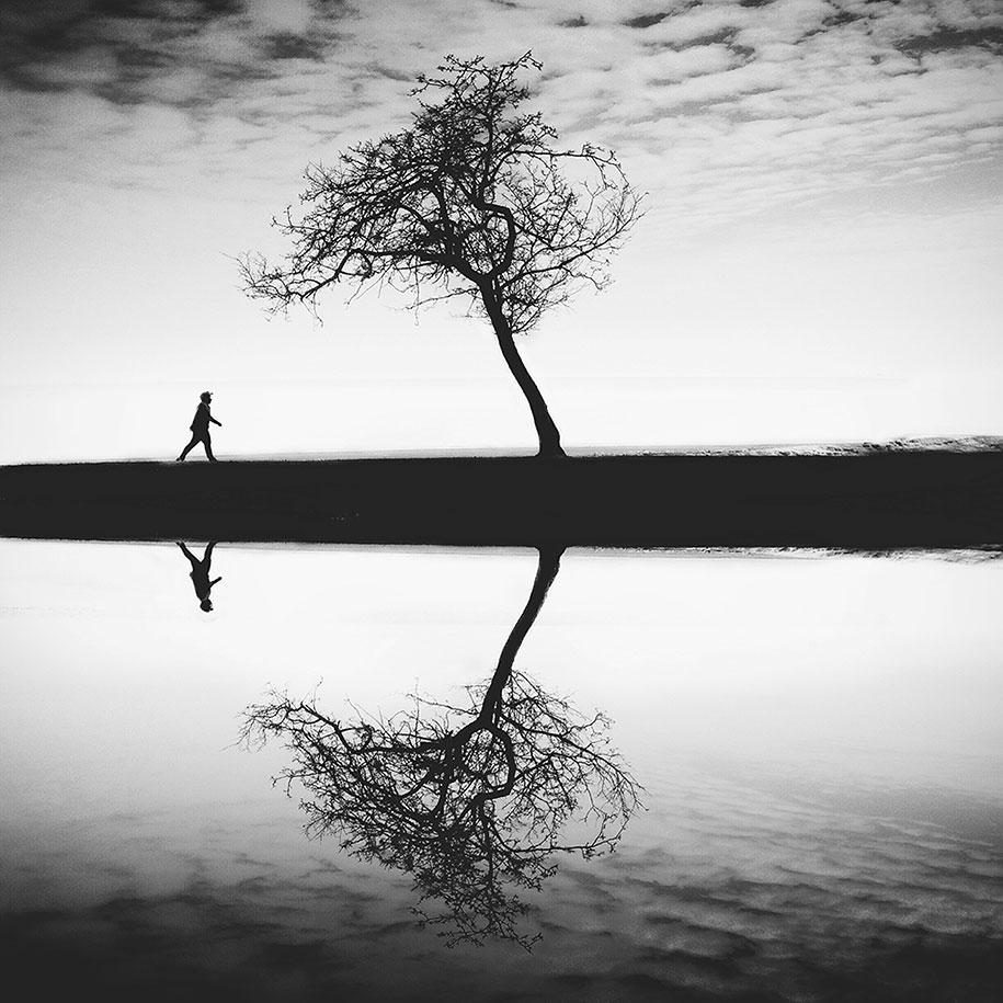 labananequiparle-homme-court-arbre-eau