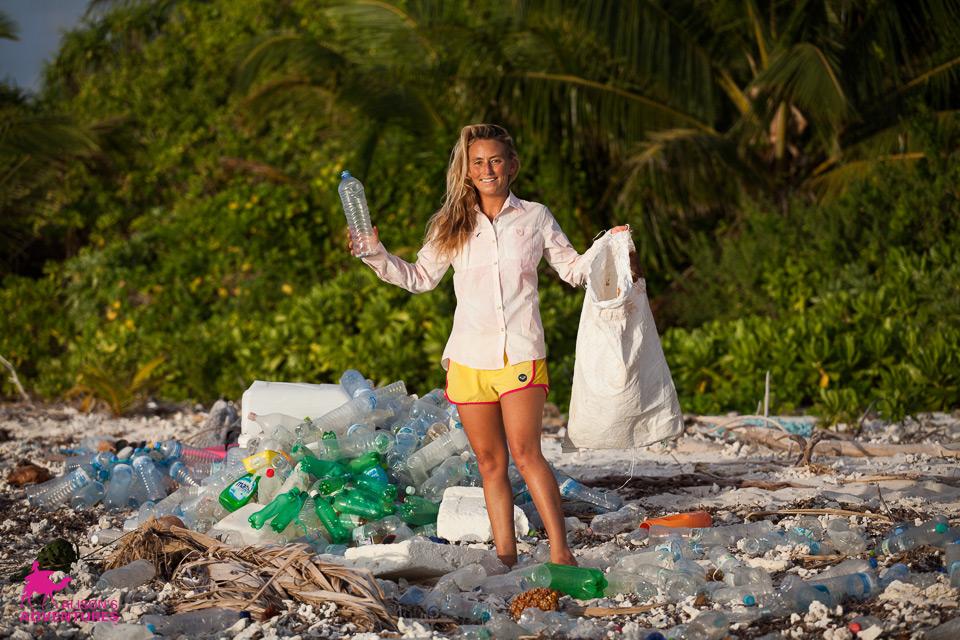 labananequiparle-AlisonsAdventures_Plastic_14