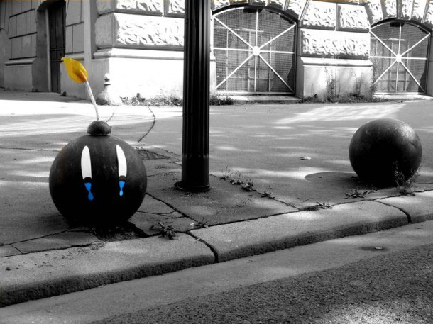 labananequiparle-Funny-Street-Art-bombes