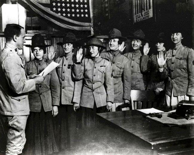 labananequiparle-femmes-marine-US