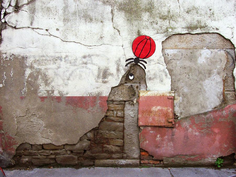 labananequiparle-oak-oak-street-art-otarie