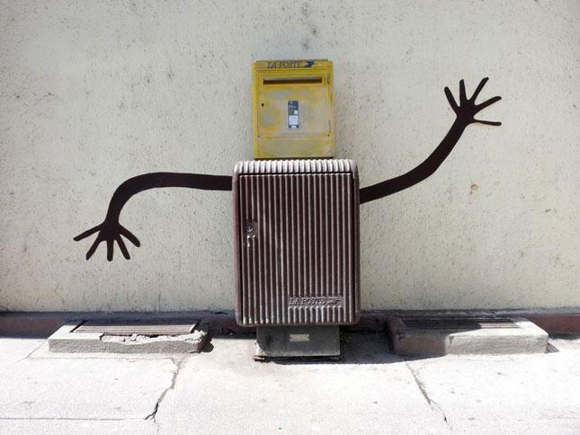 labananequiparle-street-art-rue-poste
