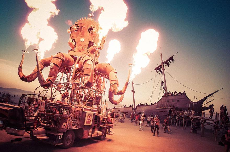 labananequiparle-unique-festivals-around-the-world-burning-man-nevada-trey-ratcliff-21