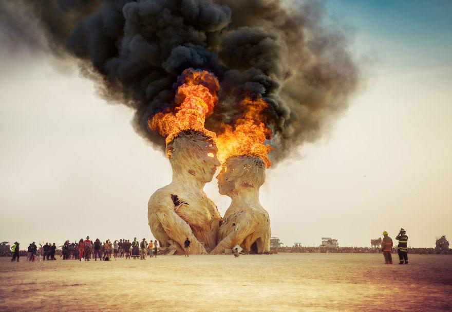 labananequiparle-unique-festivals-around-the-world-burning-man-trey-ratcliff-11__880