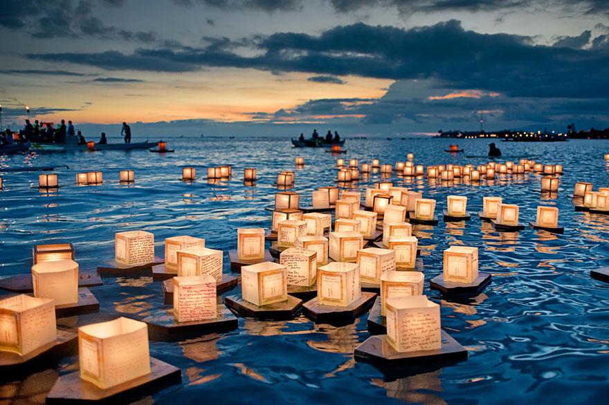 labananequiparle-unique-festivals-around-the-world-floating-lanterns-festival-2