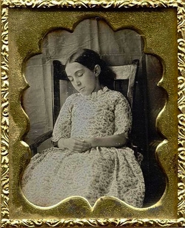 labananequiparle-tradition-lepoque-victorienne-photos-morts-25