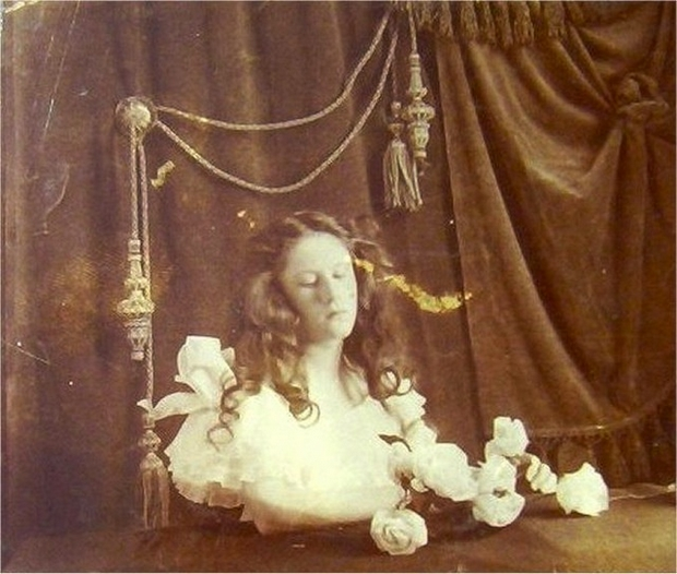 labananequiparle-tradition-lepoque-victorienne-photos-morts-8
