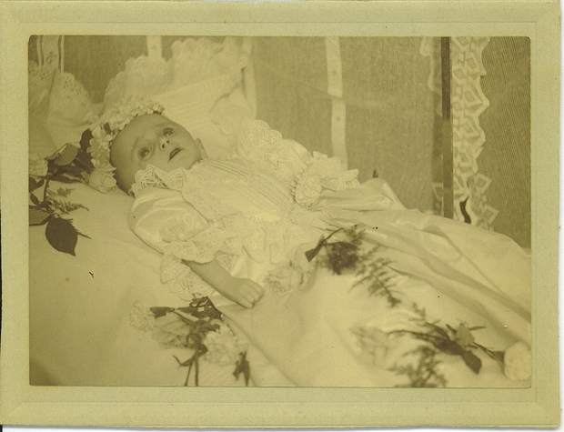 labananequiparle-tradition-lepoque-victorienne-photos-morts-9