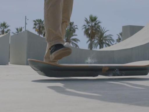 Labananequiparle-skate-volant-retour-vers-le-futur