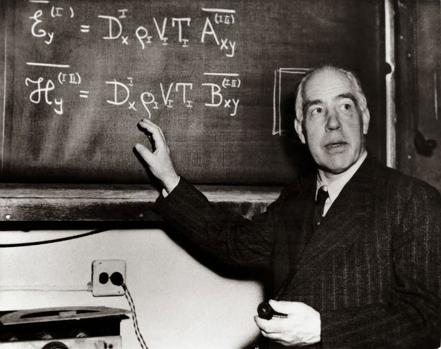 labananequiparle-Niels-Bohr-
