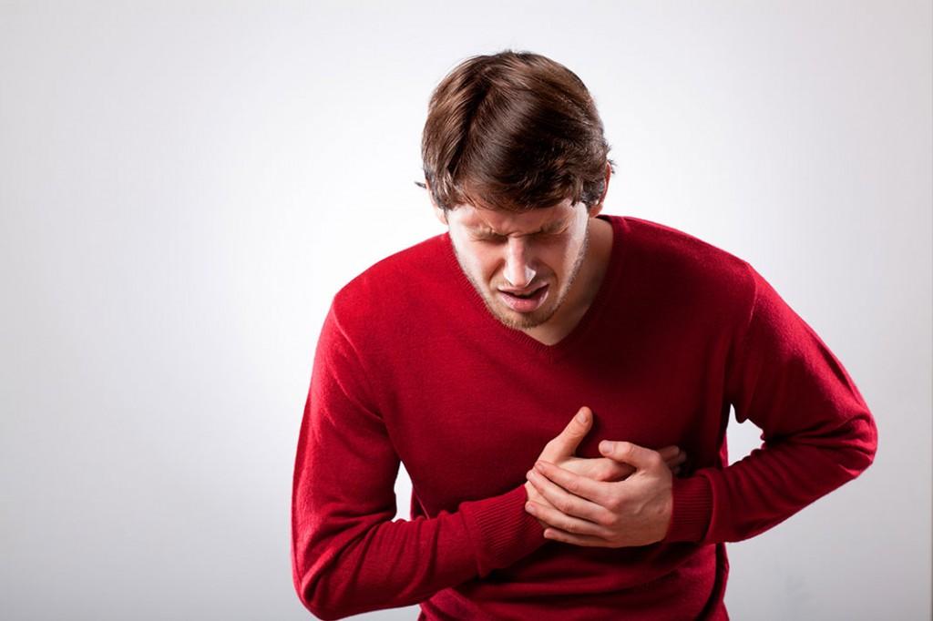 labananequiparle-douleurcardiaque-shutterstock