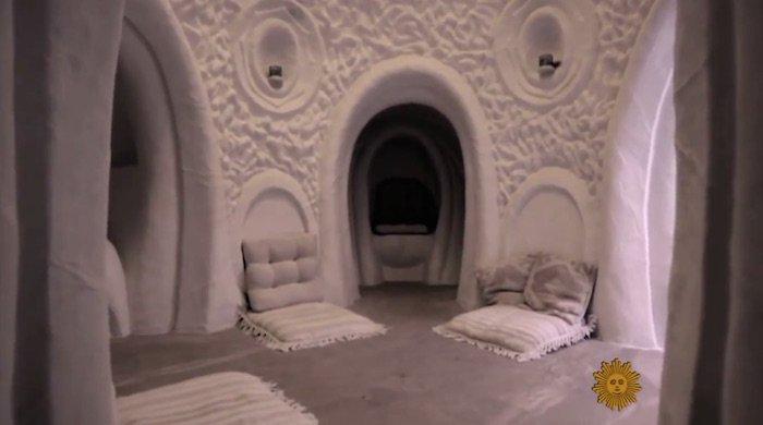 labananequiparle-paulette-cave-desert-9