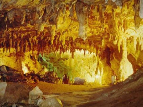 grotte-lombrives-30403_w600
