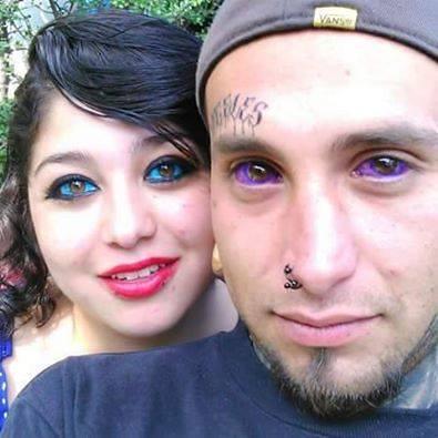 La nouvelle tendance chez les teen le tatouage permanent des yeux la banane qui parle - Tatouage larme sous l oeil ...