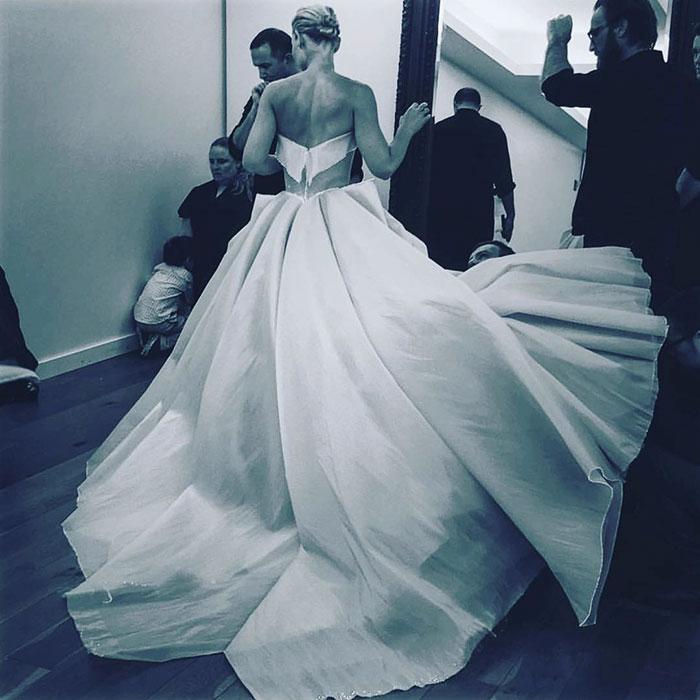 claire-danes-cinderella-glowing-dress-gown-met-gala-zac-posen-6