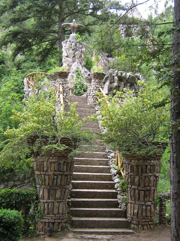 decouvrez-les-jardins-les-plus-etranges-et-les-plus-magnifiques-jardins-du-monde17