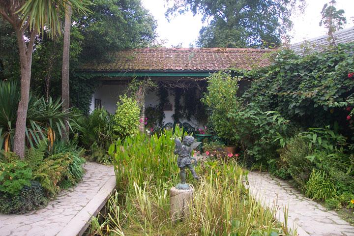 decouvrez-les-jardins-les-plus-etranges-et-les-plus-magnifiques-jardins-du-monde4
