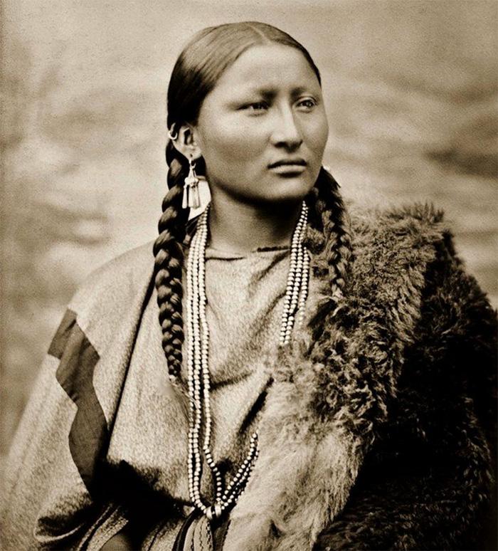 Pretty Nose des Cheyenne photographiée par L. A. Huffman en 1878