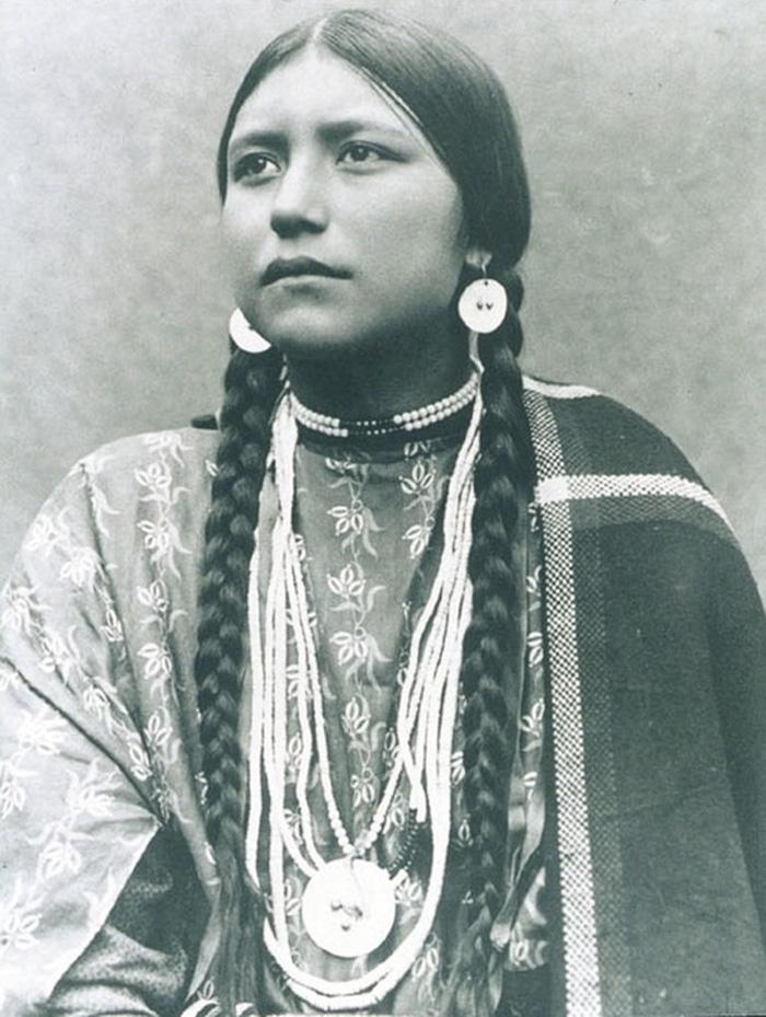 Cherokee Nanyehi des Lakota Sioux